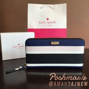 Kate Spade Laurel Way Wallet - New with tags!